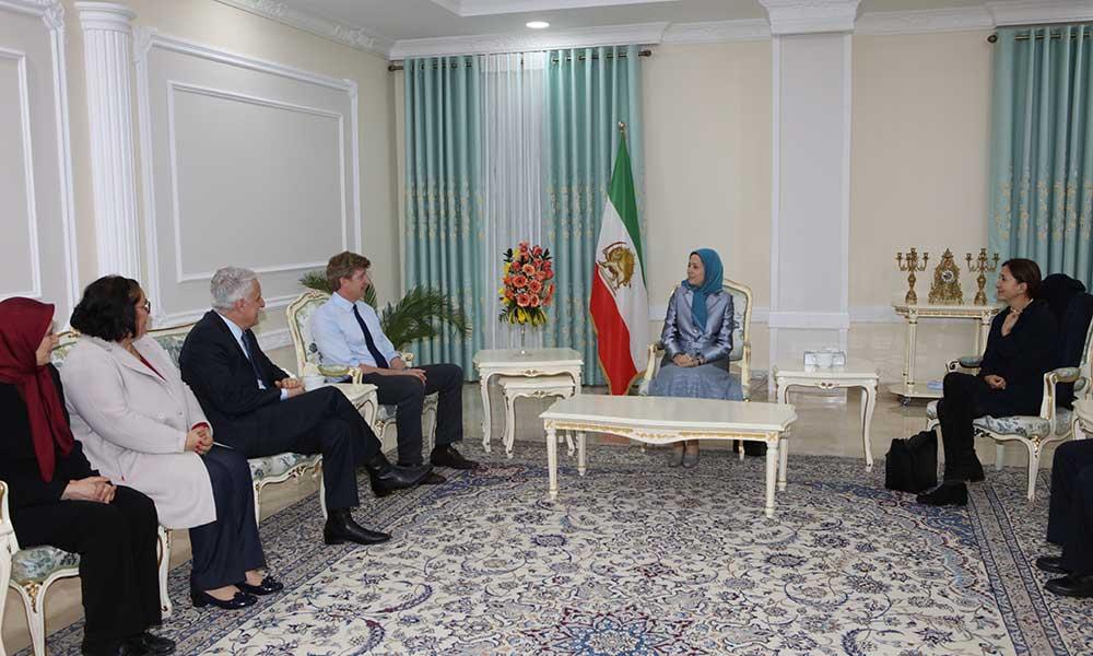 لقاء مريم رجوي ببانديلي مايكو وباتريك كينيدي والسيدة إنغريد بيتانكور في ألبانيا