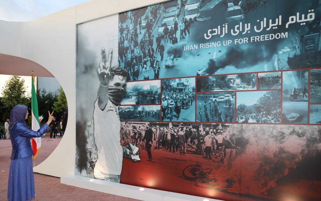 إيران: اليوم الرابع لانتفاضة المواطنين البلوش في زاهدان ومدن أخرى