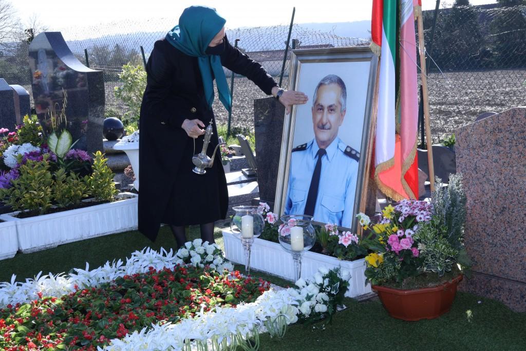 إحياء ذكرى الأصدقاء الراحلين – أوفير سوراواز