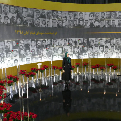 Flowers and candles for martyrs of November uprising