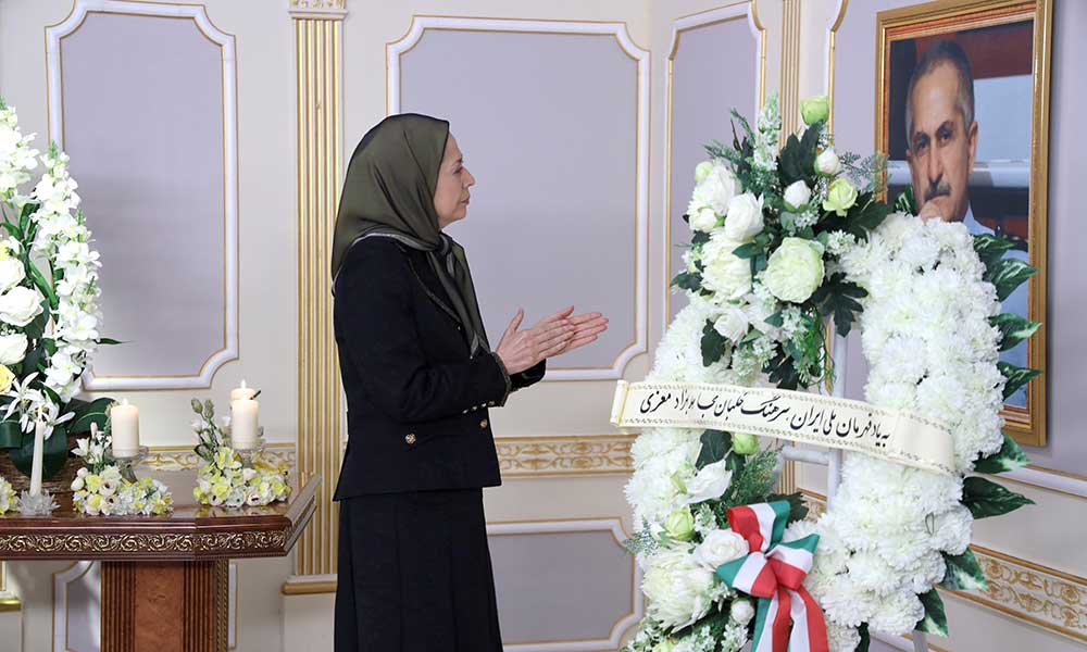 Paying tribute to Iran's national hero, Air Force Colonel Behzad Mo'ezzi