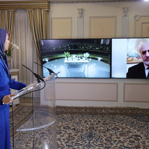 Bassam Al-omoush, former Jordanian Minister and Jordan's Ambassador in Tehran, speaks to the conference, Arab-Islamic Solidarity with the Iranian people and Resistance