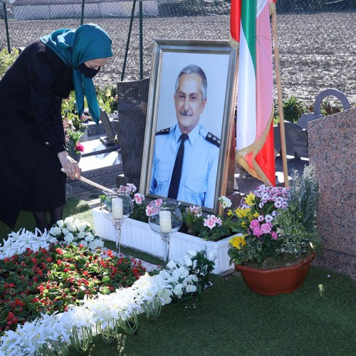 Paying homage to the national hero, PMOI pilot, Col. Behzad Mo'ezzi