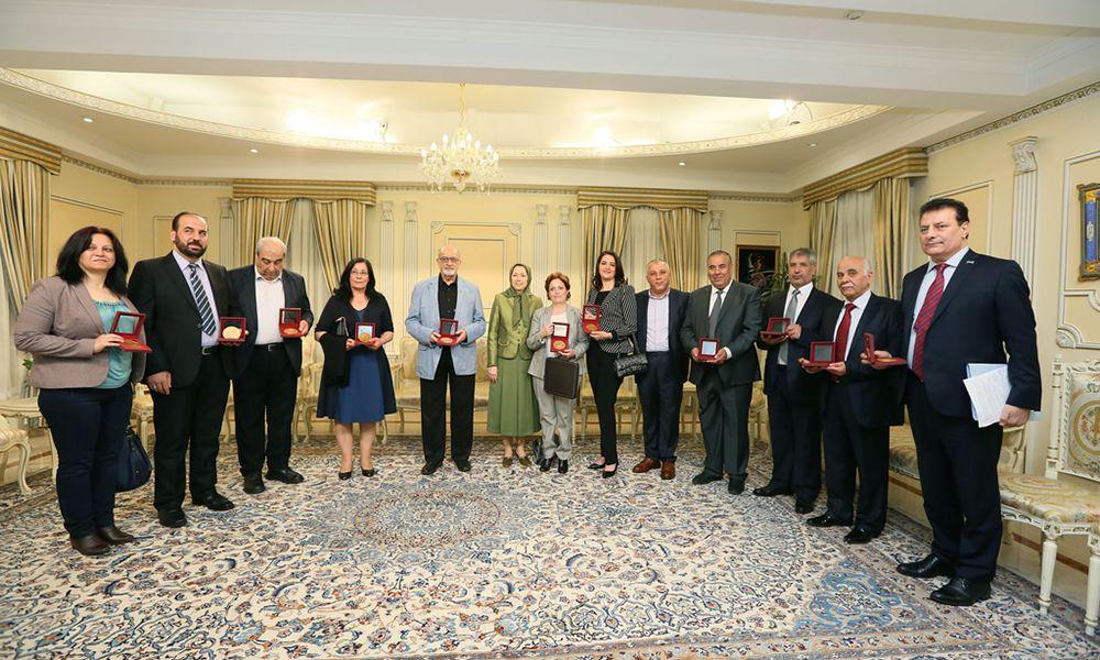Maryam Radjavi rencontre une délégation de la résistance syrienne de haut niveau
