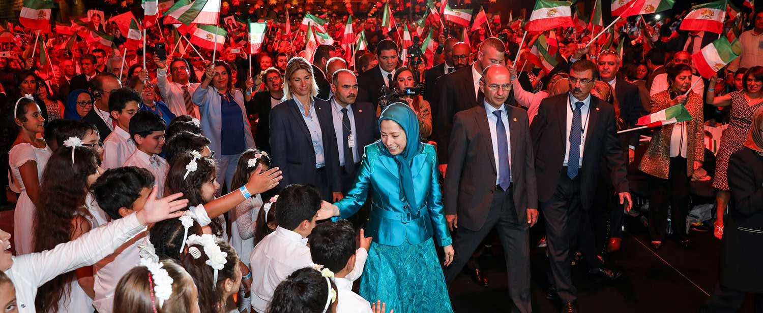 Grand-gathering-for-a-free-Iran-in-the-presence-of-Maryam-Rajavi--Villepinte-Paris-3