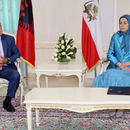 Le président albanais Ilir Meta rencontre Maryam Radjavi à Achraf 3, en Albanie- 13 septembre 2019