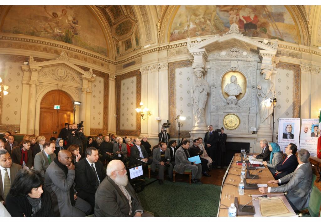 2172 maires de France ont apporté leur soutien au camp d'Achraf