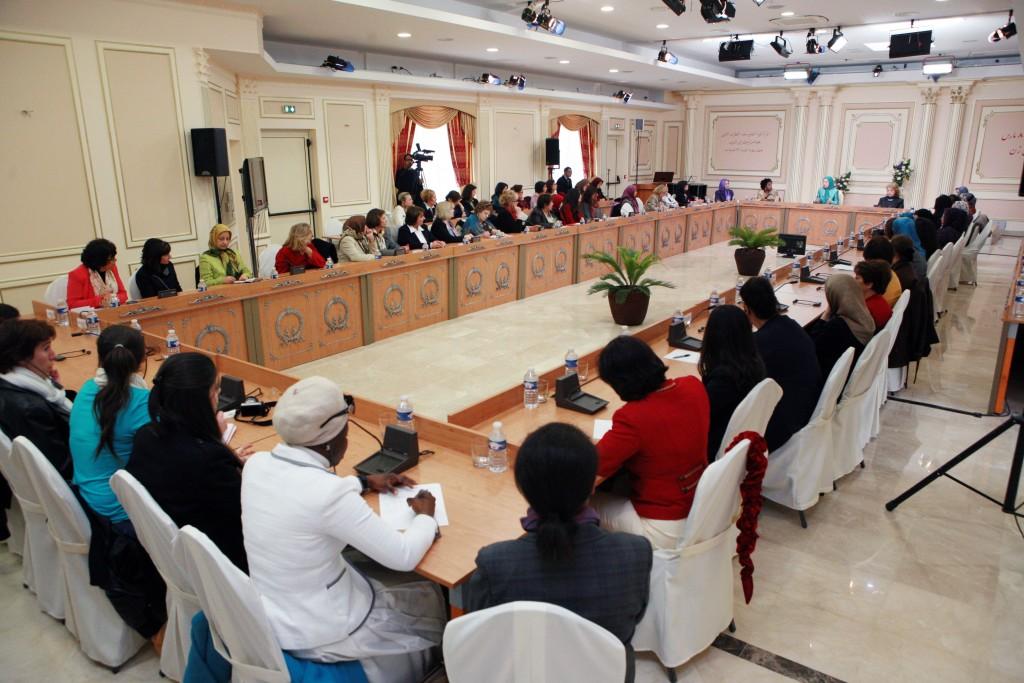 Discours en présence des représentantes du monde arabe