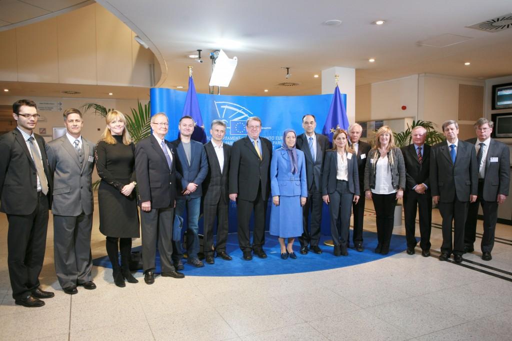 Maryam Radjavi à Brussels, siège de l'Union européenne