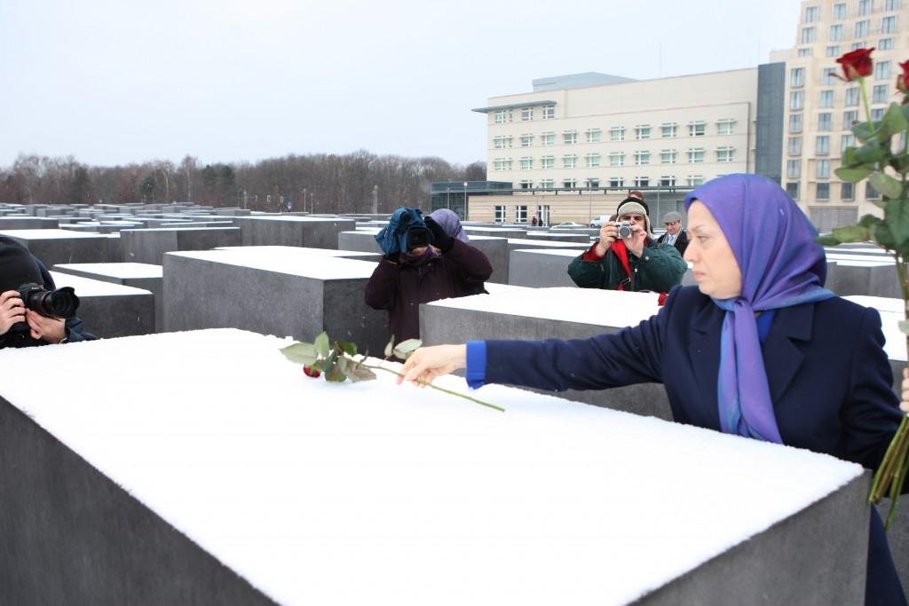 Berlin : Maryam Radjavi visite le mémorial de l'Holocauste