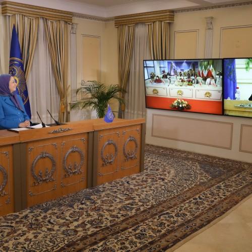 Discours du Dr Manouchehr Hezarkhani, président de la commission de la Culture, lors de la session intermédiaire du CNRI