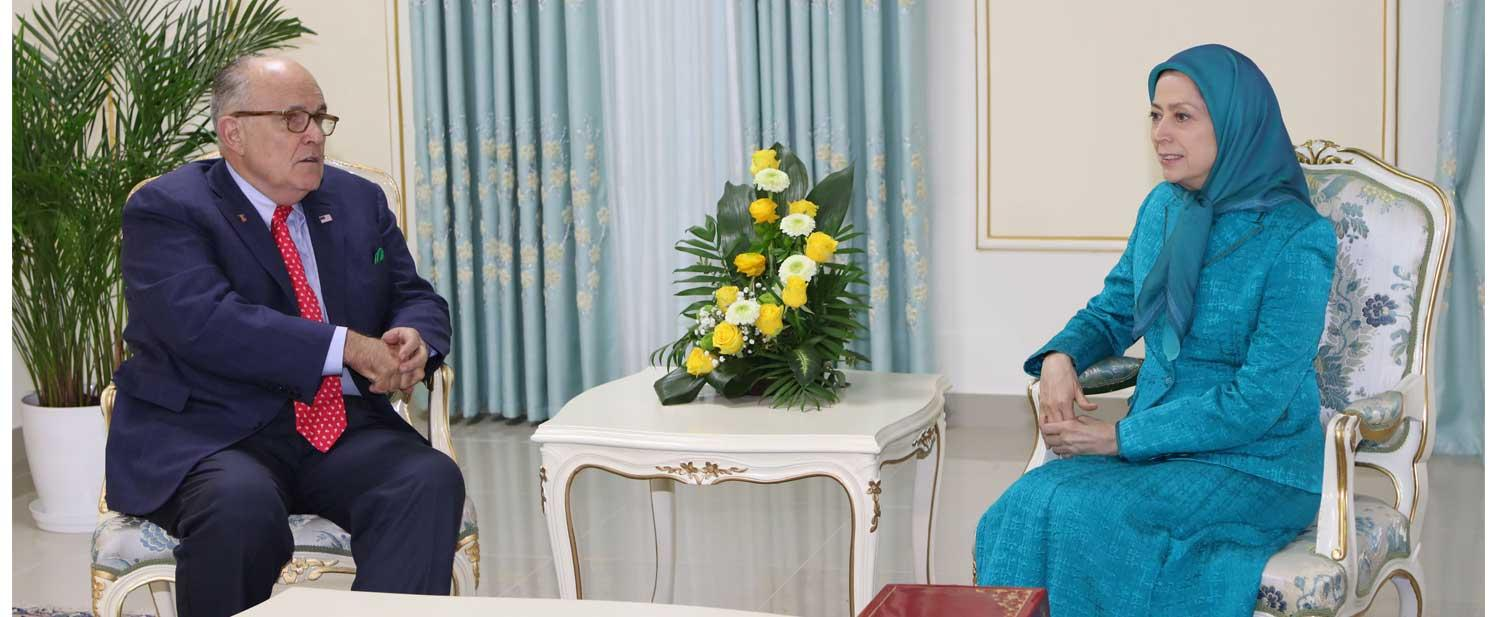 Maryam-Rajavi-meets-Mayor-Rudy-Giuliani