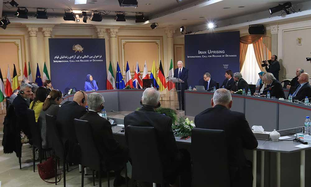 پاريس:كنفرانس در حمايت از قيام ايران با حضور قانونگذاران و شخصیتهای سیاسی از ۱۱كشور اروپایی