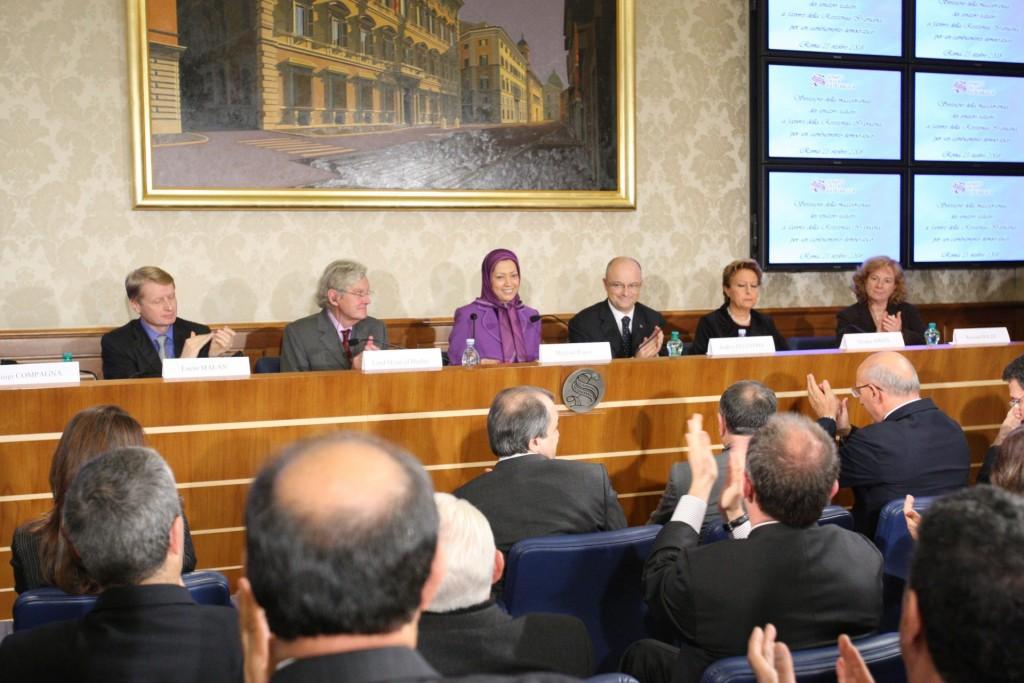 اهدای مدال ویژه سنای ایتالیا به مریم رجوی