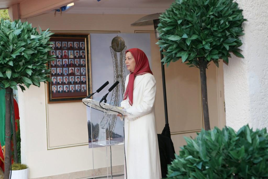 سخنرانی در مراسم گرامیداشت اولین سالگرد فروغ اشرف
