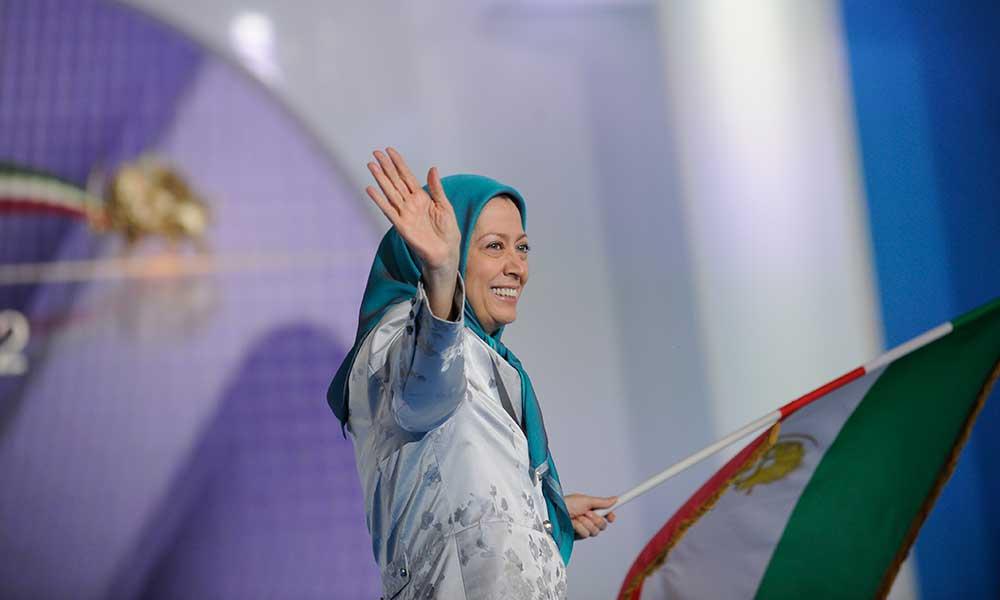 سخنرانی در گردهمایی بزرگ ایرانیان در ویلپنت پاریس