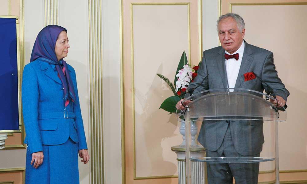 استقبال و قدردانی از نخست وزیر سیداحمد غزالی رئیس کمیته ـ عربی اسلامی دفاع از مجاهدان اشرف