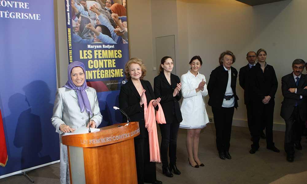 معرفی كتاب «زنان علیه بنیادگرایی» به قلم مریم رجوی در مراسم روز جهانی زن