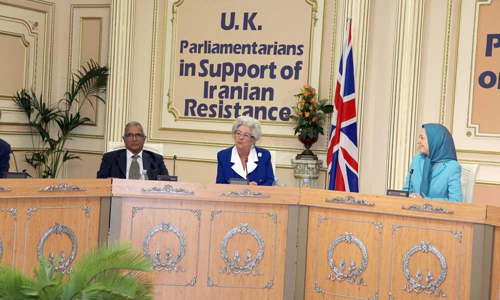 دیدار مریم رجوی با هیأت پارلمان انگلستان در اور سور اواز