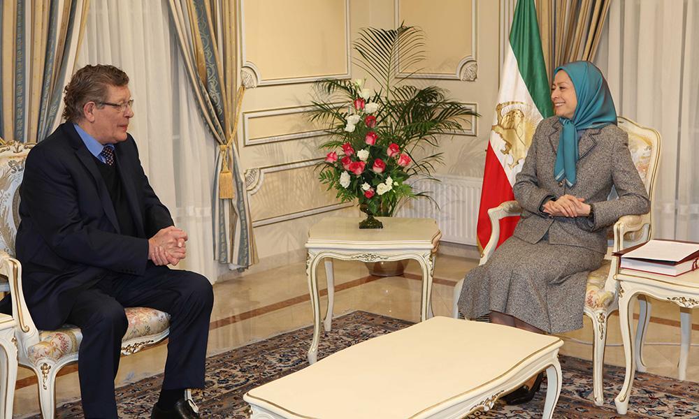 ملاقات مریم رجوی با ژرارد دپره رئیس گروه دوستان ایران آزاد در پارلمان اروپا