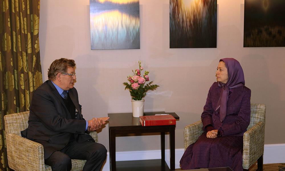 دیدار و گفتگوی مریم رجوی با رئیس گروه دوستان ایران آزاد در پارلمان اروپا