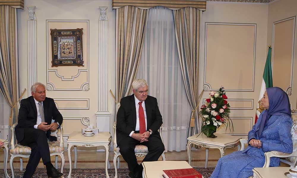 دیدار و گفتگوی مریم رجوی با نیوت گینگریچ رئیس پیشین کنگره آمریکا و سناتور رابرت توریسلی