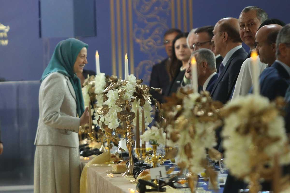 رمضان ایران در قیام علیه استبداد مذهبی
