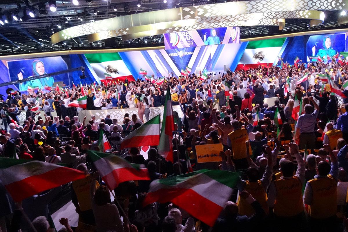 سرنگونی رژیم حتمی است، ایران آزاد میشود
