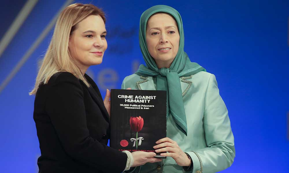 دیدار خانم کروئه مازی رئیس جنبش سوسیالیست آلبانی از اشرف۳