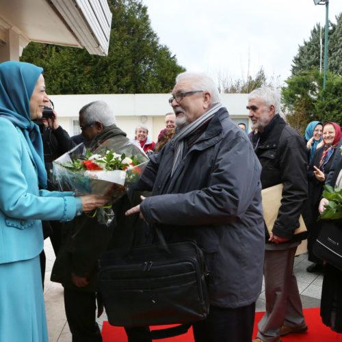 Maryam Rajavi- Meeting with British delegation -27 January 2014-2