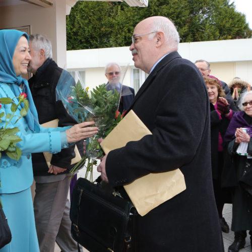 Maryam Rajavi- Meeting with British delegation -27 January 2014-3