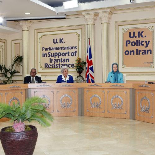 Maryam Rajavi- Meeting with British delegation -27 January 2014-8