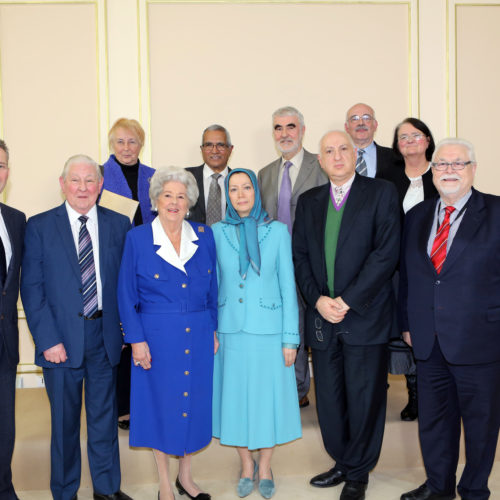 Maryam Rajavi- Meeting with British delegation -27 January 2014-11
