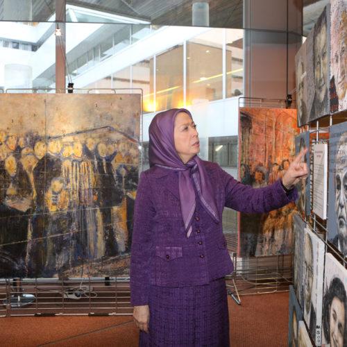 Maryam Rajavi- Laying flower for the Auschwitz memorial– Strasbourg – 26 January 2015