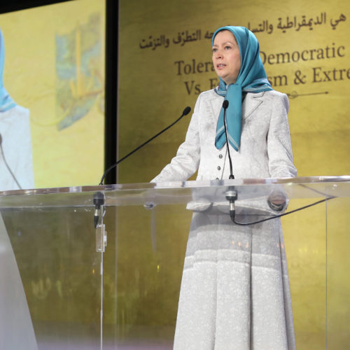 Maryam Rajavi Iran's opposition Leader addresses dignitaries from Arab and Islamic countries and representatives of Muslim communities in France in a major Ramadan conference in Paris on 3 July 2015 -8