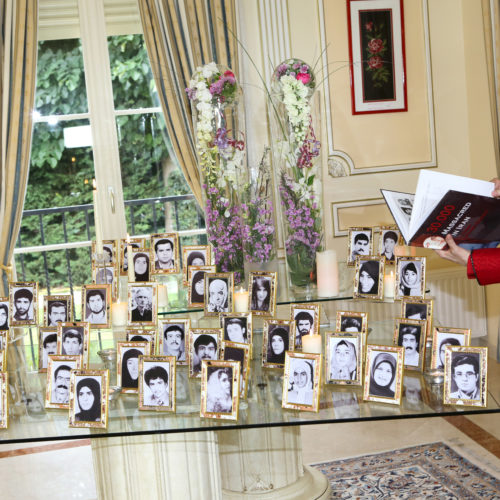 Maryam Rajavi's message commemorating victims of the 1988 massacre of political prisoners in Iran-12August2015-3