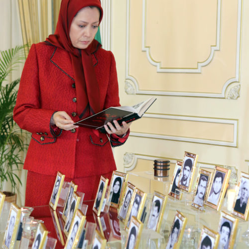 Maryam Rajavi's message commemorating victims of the 1988 massacre of political prisoners in Iran-12August2015-2