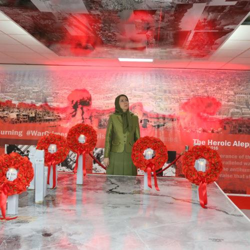 بازدید مریم رجوی از نمایشگاه مقاومت مردم سوریه همراه با هیاتی از نمایندگان اپوزیسیون سوریه- ۲۲ خرداد ۱۳۹۵