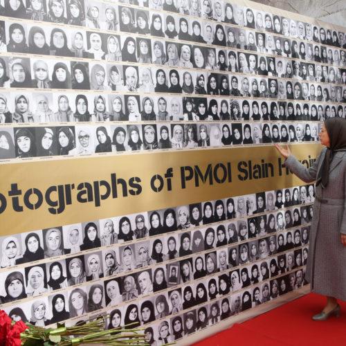 دیدار مریم رجوی از نمایشگاه عکس ۱۵۰ سال مبارزه زنان ایران در راه آزادی و آرمان برابری – اسفند۹۵