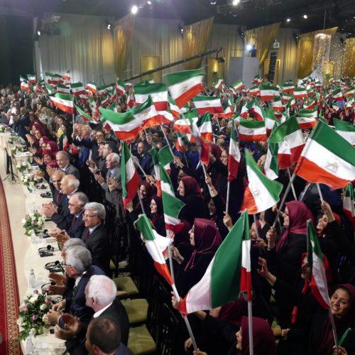 سخنرانی نوروزی مریم رجوی در جمع مجاهدان اشرفی – نوروز ۱۳۹۶