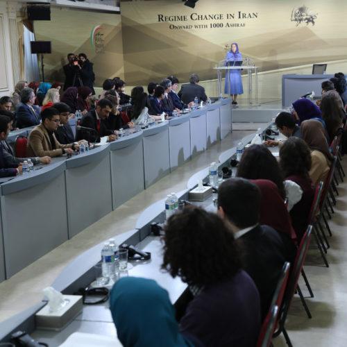 مریم رجوی در کنفرانسی تحت عنوان «تغییر رژیم در ایران – به پیش با هزار اشرف» ۲۹ دی ۱۳۹۶
