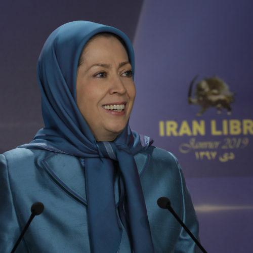 مریم رجوی در مراسم سال نو همراه با شهرداران و منتخبین و حامیان مقاومت ایران در فرانسه