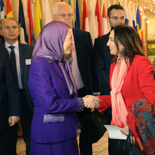 سخنرانی مریم رجوی در پارلمان اروپا – استراسبورگ– معرفی کتاب جنایت علیه بشریت – قتل عام ۶۷ – ۱آبان ۱۳۹۸