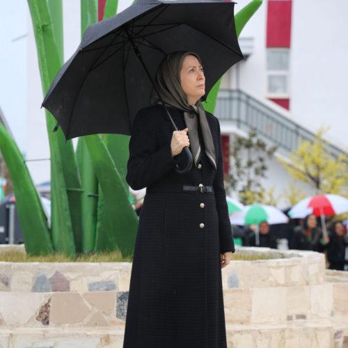 مراسم بزرگداشت جان باختگان سقوط هواپیمای مسافربری اوکراین با حضور مریم رجوی در اشرف ۳- ۲۲دی ۱۳۹۸