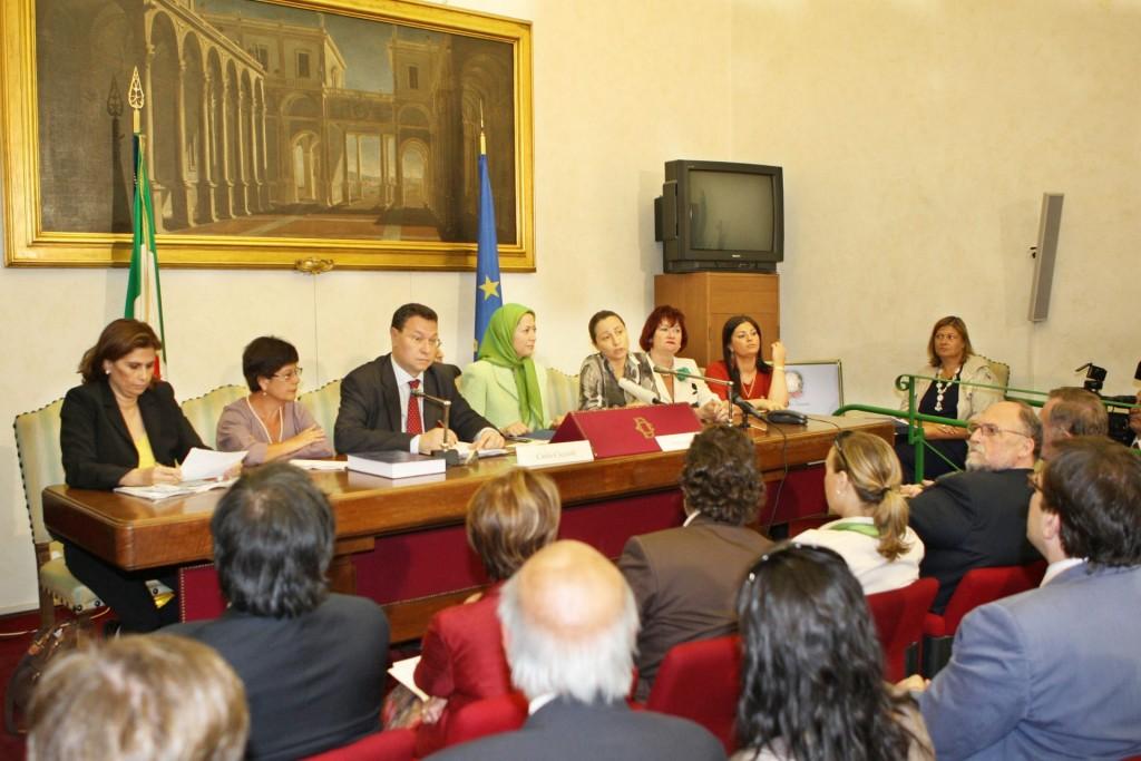 سخنرانی در پارلمان ایتالیا