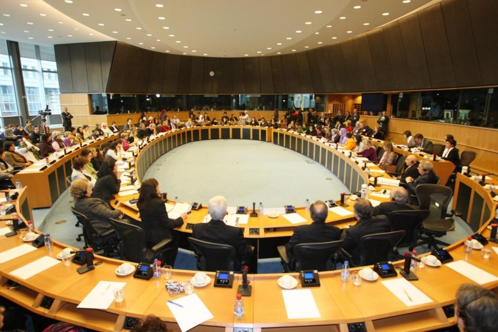 کمیته زنان پارلمان اروپا در حمایت از زنان در مقاومت ایران