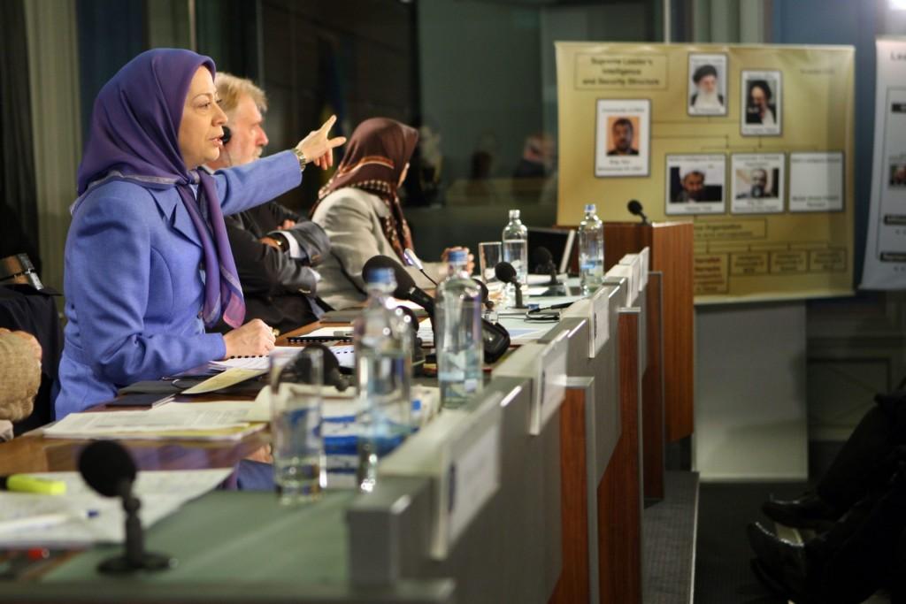 کنفرانس مطبوعاتی در مرکز بینالمللی خبرنگاران در بروکسل