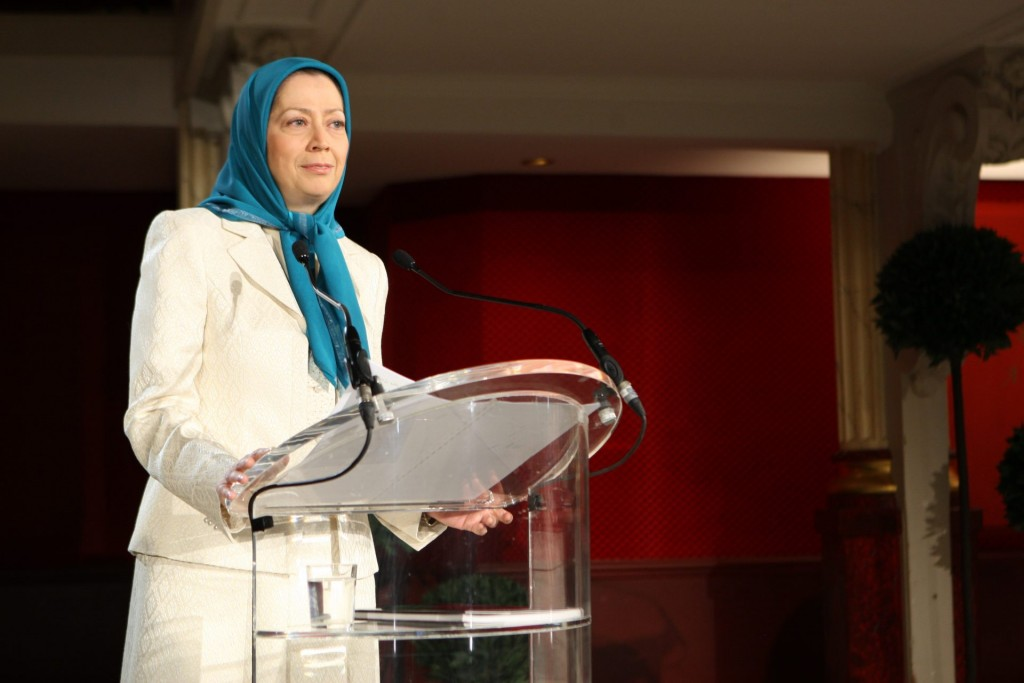 سخنرانی در کنفرانس بین المللی پاریس