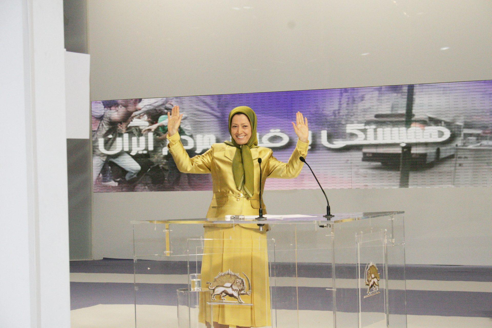 سخنرانی در اجتماع ایرانیان در پاریس ویلپنت