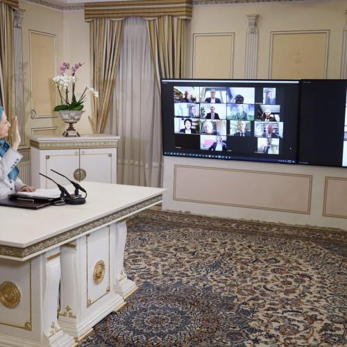سخنرانی  فیلیپ گوسلن،  نایبرئیس کمیته پارلمانی برای ایران دموکراتیک در کنفرانس اینترنتی با حضور نمایندگان و سناتورهای فرانسه